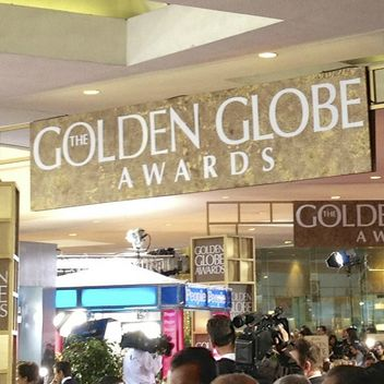 golden-globes-red-carpet-from-inside-square-w352