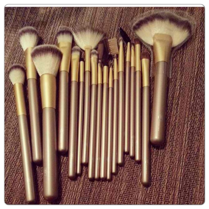 Gold Rush Brush Set Makeup RC Cosmetics