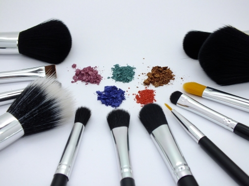 www.rc-cosmetics.com
